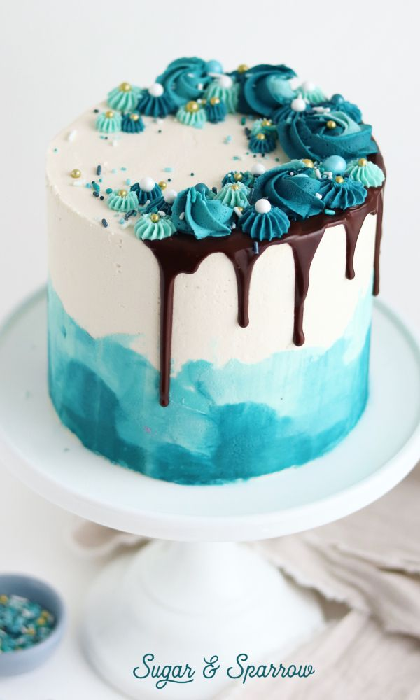 Pretty shades of teal for this watercolor cake with chocolate ...