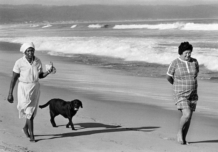 Gisèle Wulfsohn. LOOKOUT BEACH, PLETTENBERG BAY 1986. Archival pigment ink on cotton paper, 54 x 70cm.
