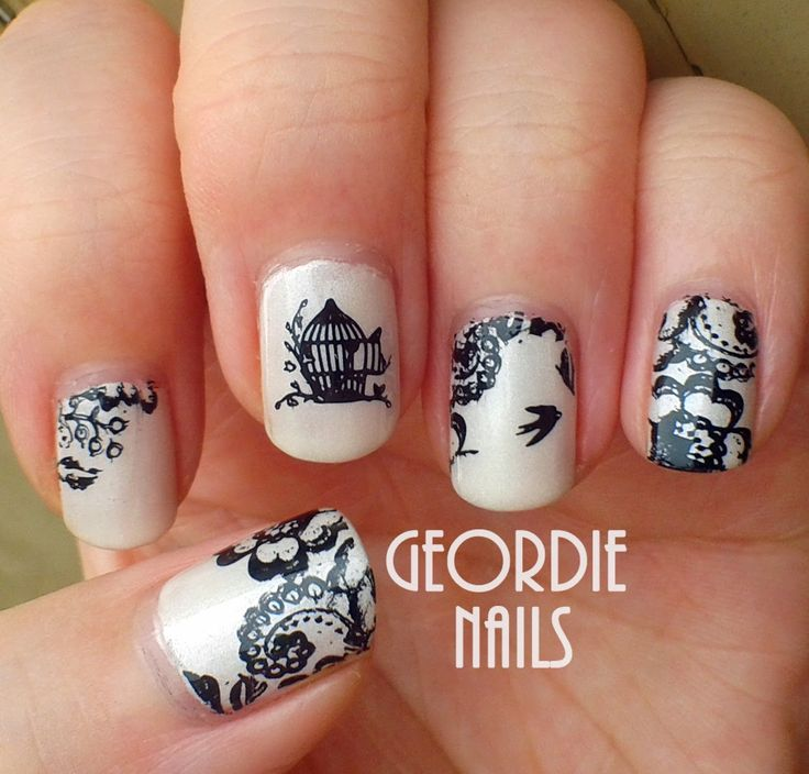 Geordie Nails: Birdcage  Lace Manicure