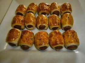 Folhados de Salsicha   «Sausage Rolls»        Ingredientes:   1 Rolo de massa folhada (retangular)   1 Frasco de salsichas   Mostardaq.b....