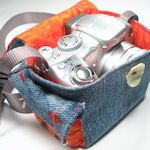 DIY Camera Cases, Covers & Straps: Denim Jeans, Bags Tutorials, Denim Crafts, Denim Camera, Camera Cases, Camera Bags, Sewing Machine, Recycled Denim, Old Jeans