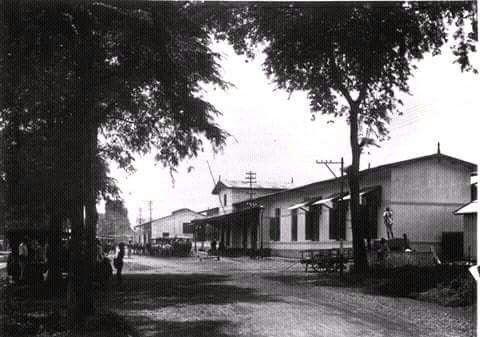 Stasiun Kota Jember ( date unknown)