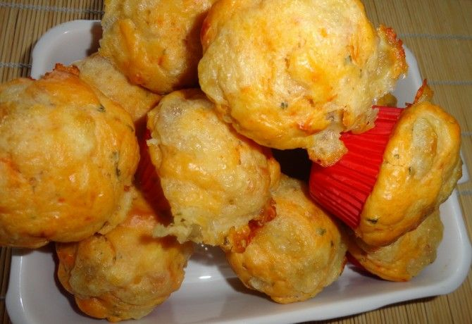 Mediterrán paradicsomos-mozzarellás muffin