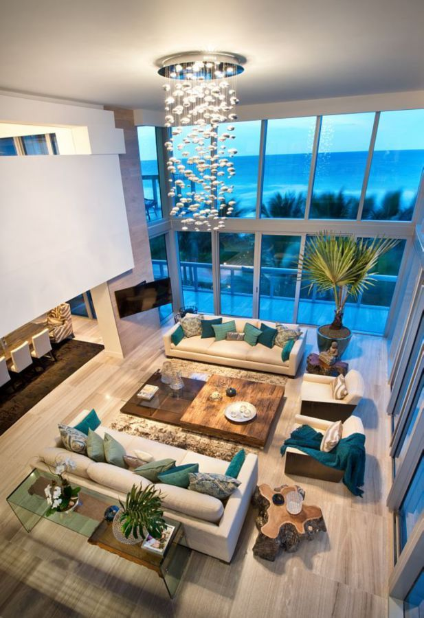 A loft designed by V3 Architectural Group​ captures the beautiful hues of the Atlantic Ocean. #luxeFL