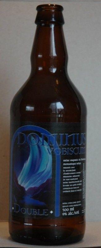 Cerveja Charlevoix Dominus Vobiscum Double, estilo Belgian Dubbel, produzida por MicroBrasserie Charlevoix, Canadá. 9% ABV de álcool.