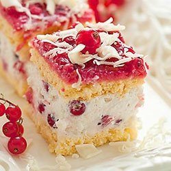 Red currant cake with lemon zest