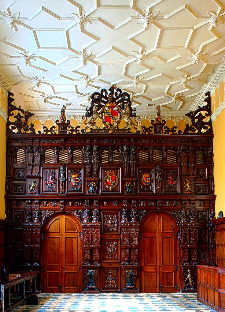 Knole...  From...  http://loveisspeed.blogspot.com/2012/09/knole-is-english-country-house-in-town.html