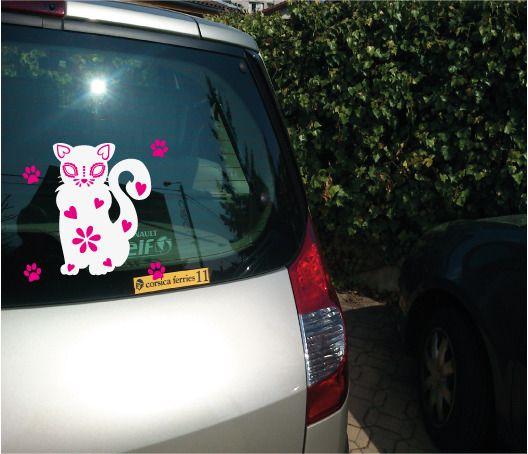 Stickers chat bicolore en vinyl autocollant pour déco voiture, tablette, mur, miroir : Décorations murales par le-chien-kikoll