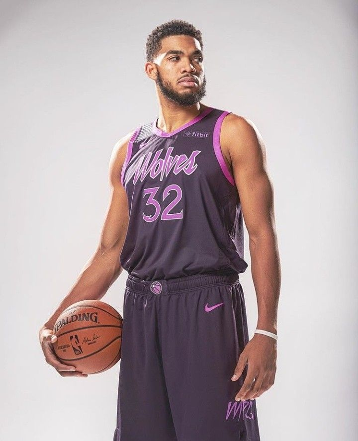 buy online 5669a 520bf Pin by Tyler Blackmore on Hoops | Karl anthony towns ...