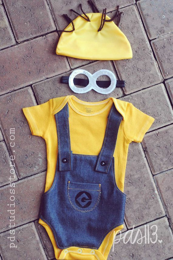 Can someone I know that has a baby please dress their child up in this for Halloween?!?! Halloween Despicable Me Minion Bodysuit Baby Costume on Etsy, $42.44 CAD
