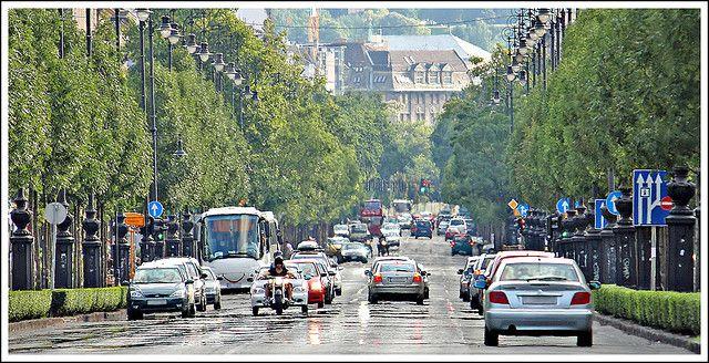 Andrassy Utca, Budapest.  188 fotos y 5 vídeos de Budapest.  -