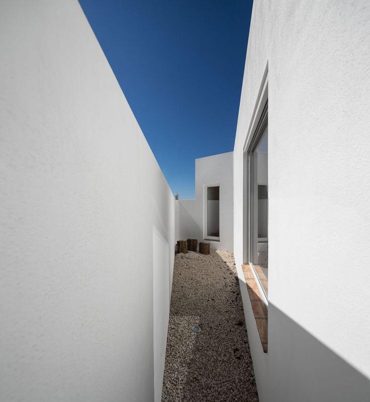 Marlene Uldschmidt, Fernando Guerra / FG+SG · Casa Vale de Margem · Divisare