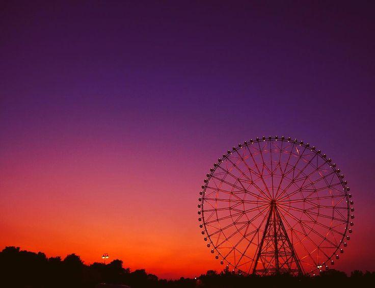 #シルエット #shots_of_silhouettes #風景写真 #観覧車 #sunsets #instagram #instaoftheday #art_of_japan_ #moodygrams #pics_jp #igersjp #tokyocameraclub  #ifyouleave #ファインダー越しの私の世界 #resourcemag #reco_ig #themoodoflife #dreaming #ferriswheelicious #sunset_pics #sunset #夕焼け  #indies_gram #広がり同盟 #themoodoflife #kuragaridoumei
