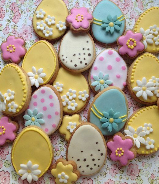 31 best easter gift delivery uk images on pinterest easter gift stunning cookie eggs are an excellent alternative traditional chocolate gifts our lovely daisy design makes these cookie eggs just perfect as an easter negle Images