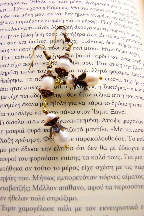 Romantic pearls by RenatasArt on Etsy, €14.00