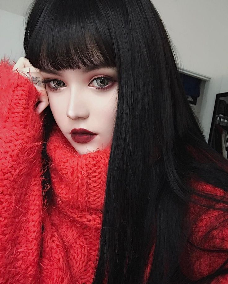 "29.6k Likes, 136 Comments - KINA SHEN (@kinashen) on Instagram: ""@katvondbeauty cosmetics: Lipstick - #Nosferatu Lock-It Powder Foundation - 42 LIGHT ✨Lock-It…"""