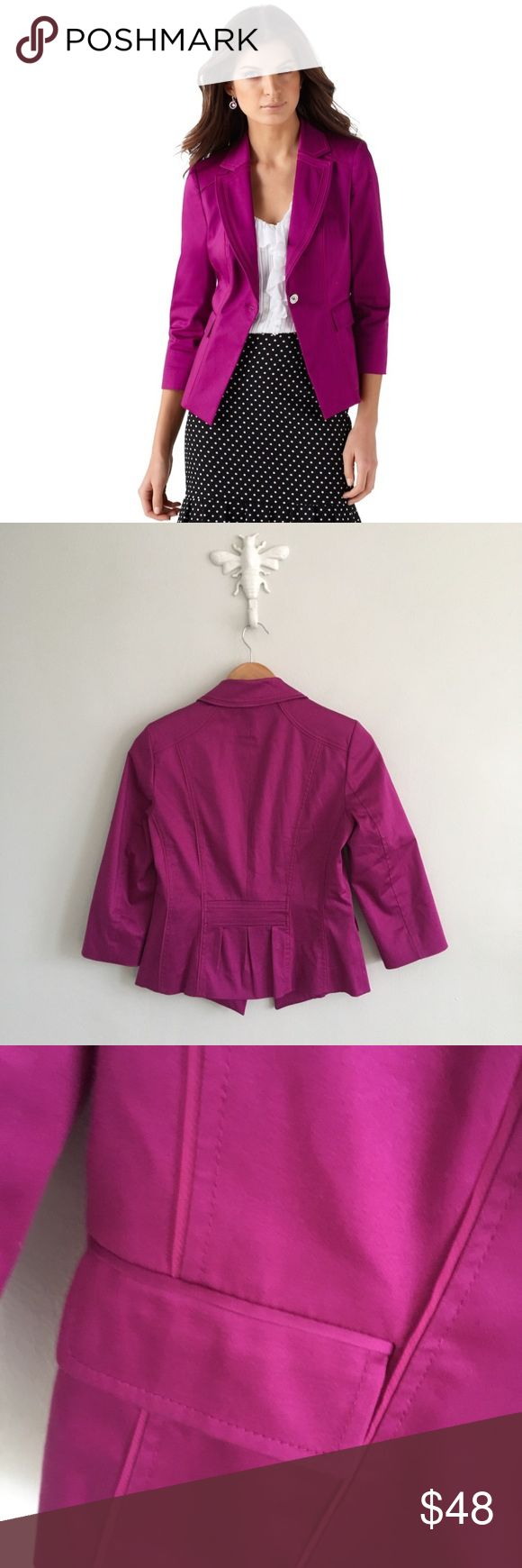 White House Black Market Berry Purple Blazer Gently pre-loved with no rips or stains. See all pictures for an accurate description of condition. White House Black Market Jackets & Coats Blazers