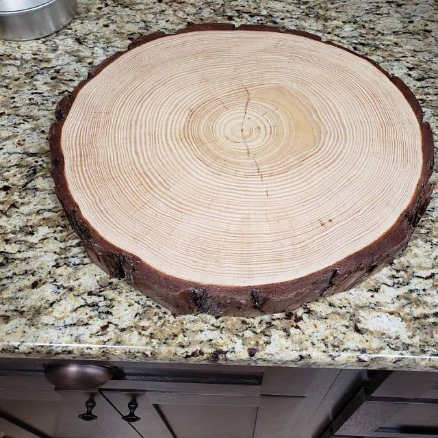 Set Of 12 10 Inch Tree Slices For Centerpieces Tree Slices Etsy In 2020 Wood Slices Wedding Wood Slices Wood Slice Centerpieces