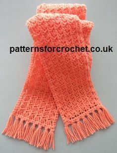 Free crochet pattern for tasselled scarf http://www.patternsforcrochet.co.uk/tasselled-scarf-usa.html #patternsforcrochet