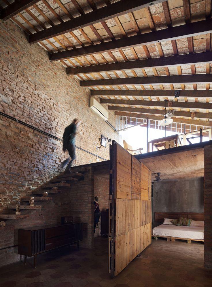 Lukas Fúster, Federico Cairoli · Las Mercedes House-Workshop · Divisare