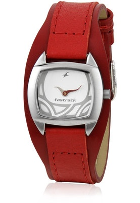 Nc6001Sl01-A598 Red / Silver Analog Watch Price: Rs 1995