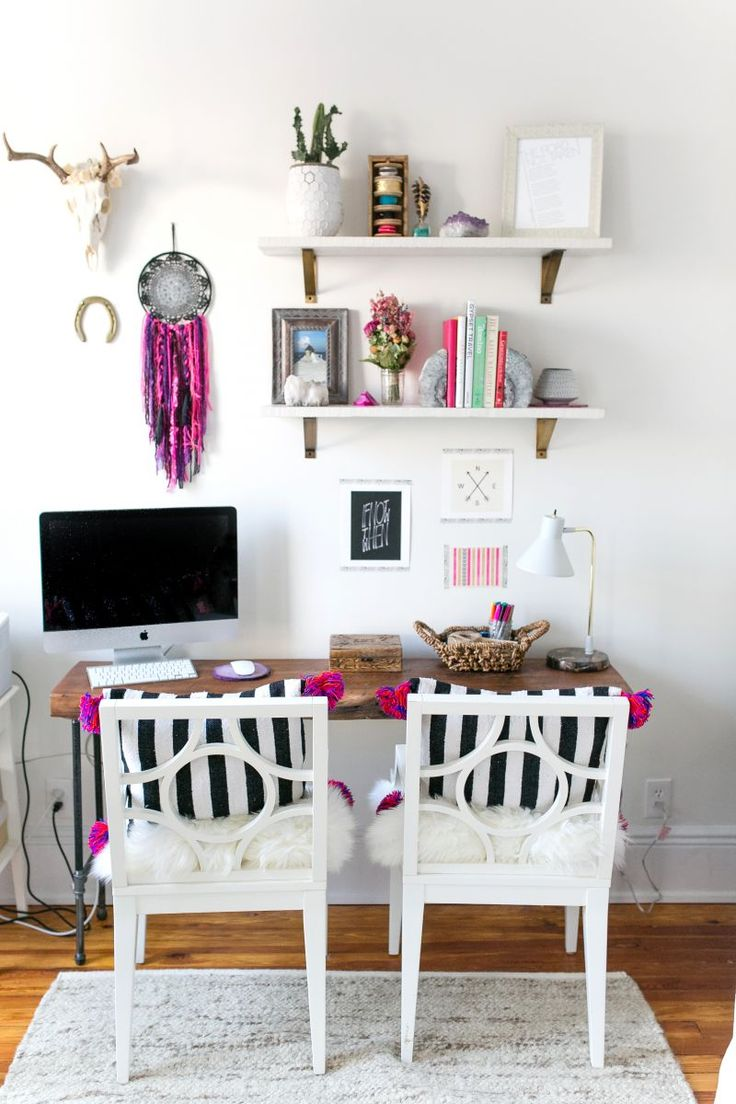 BrooklynThread Owner and Designer Joanna Torres #theeverygirl #office #inspiration