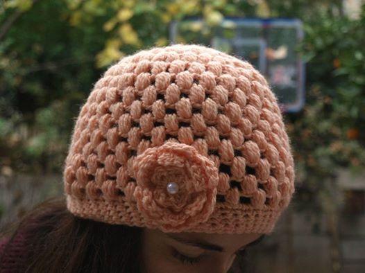 σκουφάκι με λουλούδι (crochet hat with flower)