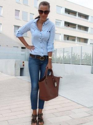 ladyframboise Outfit   Verano 2012. Combinar Camisa-Blusa Azul cielo Bershka, Bolso Marróno Primark, Cómo vestirse y combinar según ladyframboise el 19-9-2012