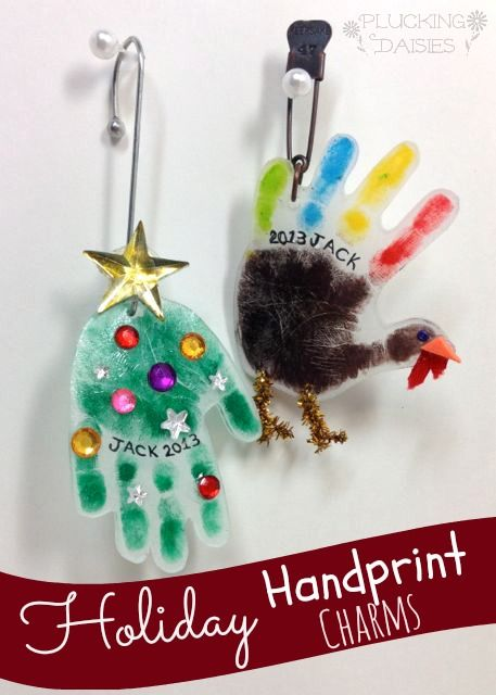 Holiday Handprint Charms : A fun craft for kids, use them to make ornaments or heartfelt holiday gifts! #HolidayIdeaExchange