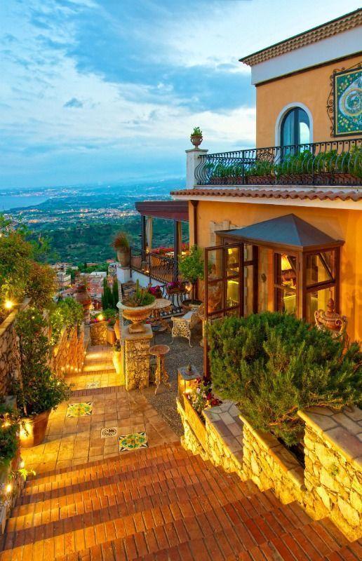 Italy Travel Inspiration - Taormina hotel Villa Ducale entrance, Taormina, Sicily, Italy ---- #famfinder #italytravel