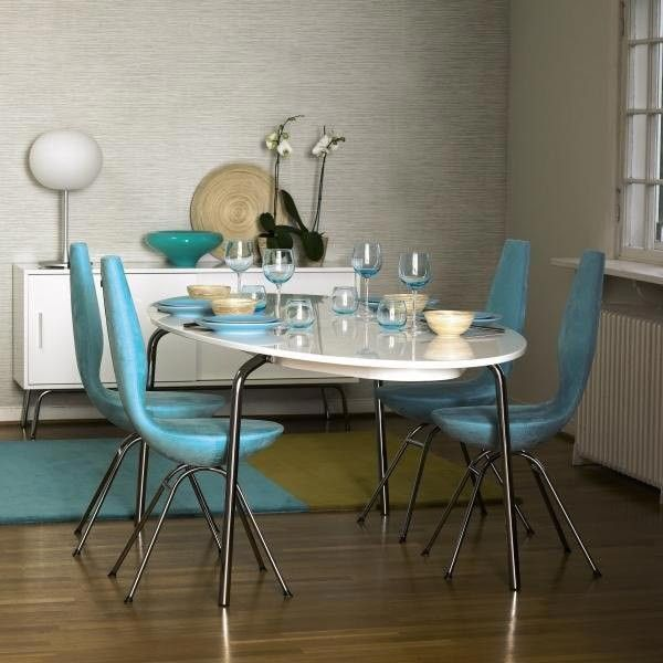 28 best univers scandinave images on pinterest chairs for Table triangulaire scandinave