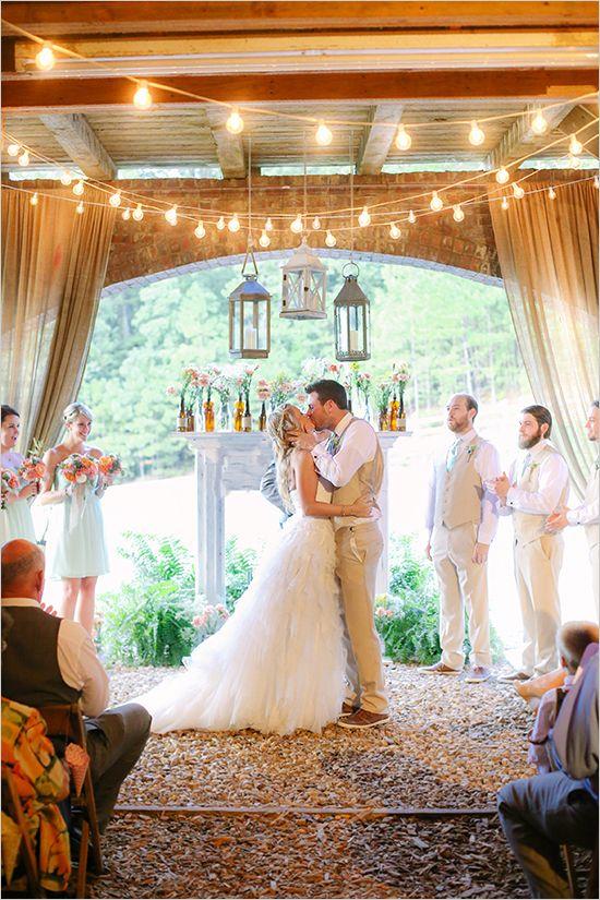 light bulb lit wedding ceremony | indoor/outdoor wedding ceremony | farm wedding | #weddingchicks