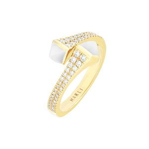 Cleo Diamond Ring in Yellow Gold with White Agate