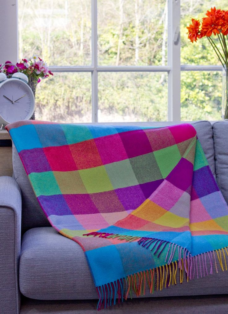 Blarney Woollen Mills Stock A Wide Range Of Traditional Irish Throws Blankets And Rugs From Ireland