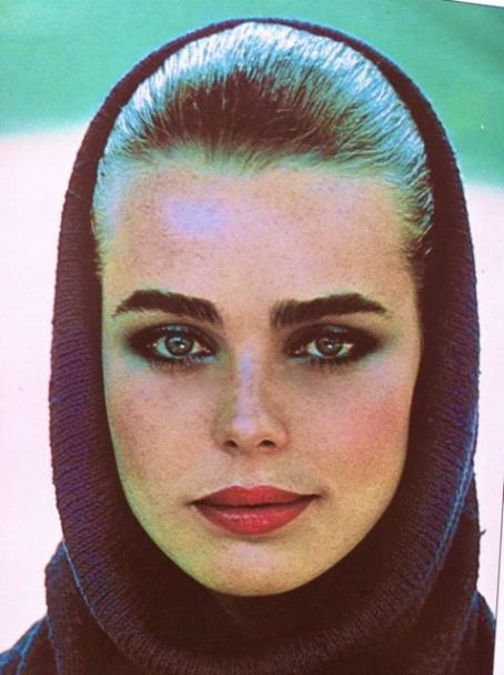 "♣♣Margaux Hemingway♣♣ Born	Margot Louise Hemingway February 16, 1954[1] Portland, Oregon, U.S.	Died	July 1, 1996 (aged 42) Santa Monica, California, U.S.	((Cause of death	""""Suicide by drug overdose)"""")	Resting place	Ketchum Cemetery	 Bernard Foucher (m. 1979–1987)	Parents	Puck Hemingway Jack Hemingway	Relatives	Mariel Hemingway (sister) Ernest Hemingway (grandfather)  Margaux Louise Hemingway (February 16, 1954[1] – July 1, 1996) was an American fashion model and actress."