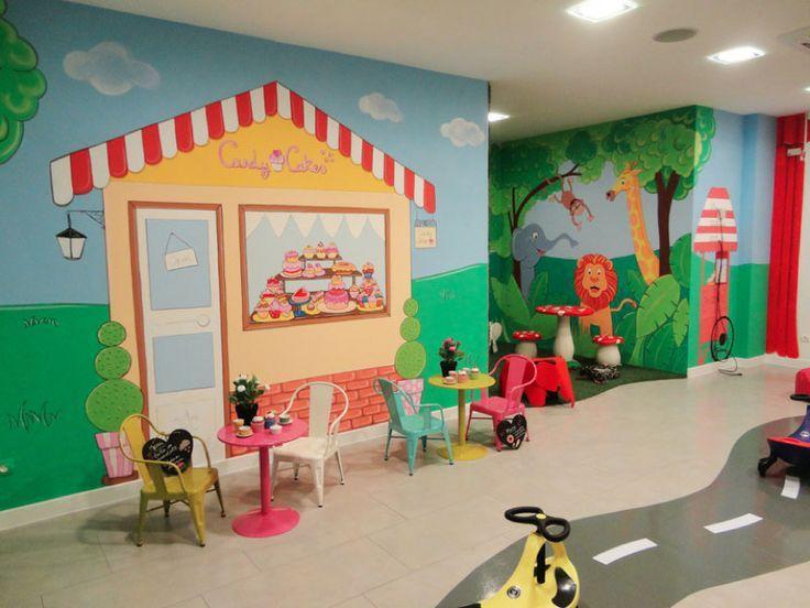 Parque De Bolas En Madrid Decoracion Parque De Juegos Para Celebracion De Cumpleanos Infantiles Mural Infantil Decorar Salas Decoraciones De Guarderia