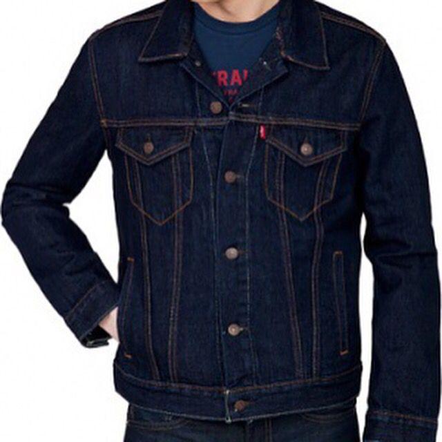 "#Levis ""Trucker"" #cazadora #chaqueta #abrigo #jacket #coats #vaquera #denim #levistrauss #levisjeans #novedad #nuevo #nuevacoleccion #newcollection #AW15  http://www.rivendelmadrid.es/shop/catalogsearch/result/?q=Trucker"