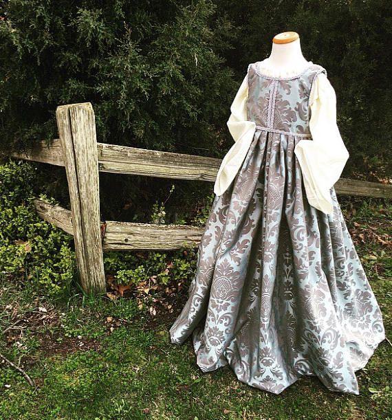 Renaissance Festival Wedding Dresses: Best 20+ Renaissance Gown Ideas On Pinterest