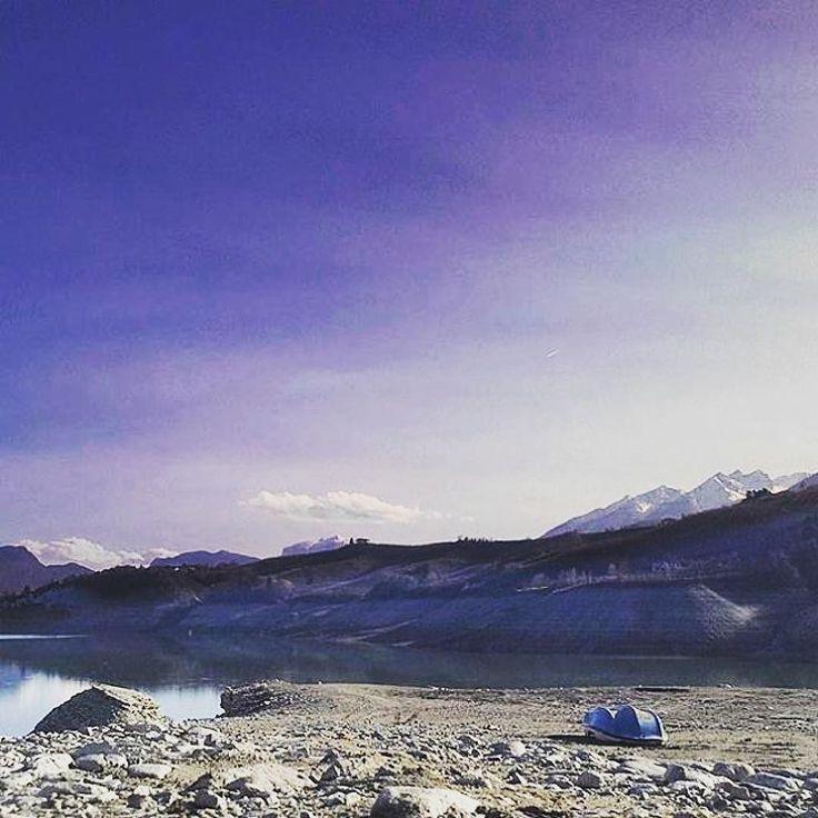 [Resta con me respiriamo soltanto... / Stay with me let's just breathe...] Pearl Jam  Tramonto sul lago di Santa Giustina