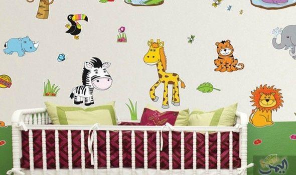 أفضل طريقة لعمل ورق جدران رائع لغرف نوم الصغار Kids Rugs Home Decor Home Decor Decals