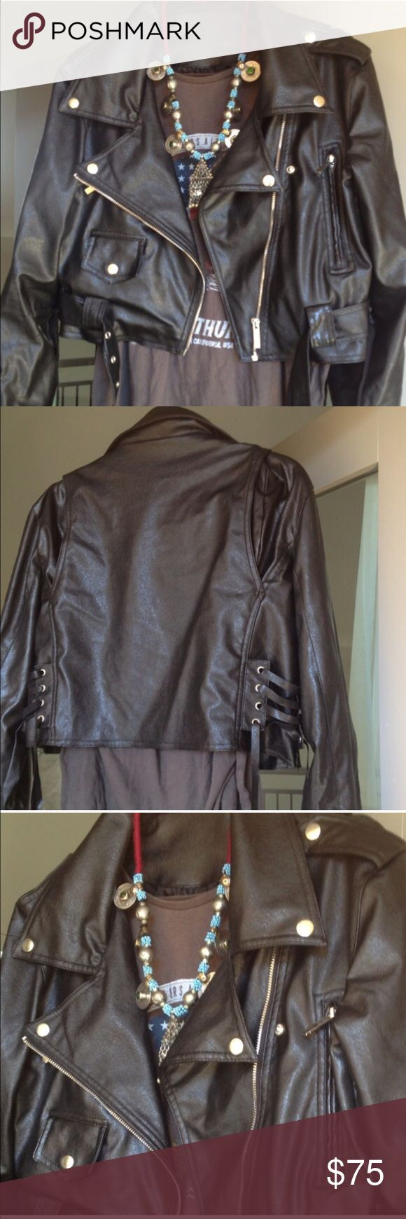 Perfect black faux leather cropped jacket Black faux leather cropped jacket Jackets & Coats