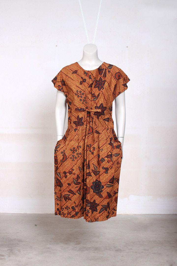 Bruine batik jurk L/XL - Froufrou's