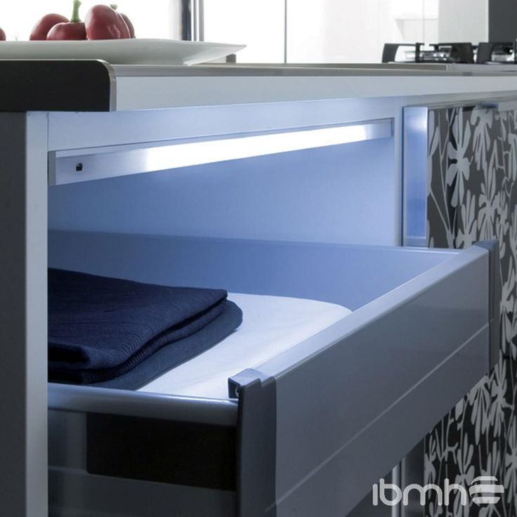 10 best iluminaci n led interior mueble interior lighting led cabinet images on pinterest - Iluminacion para muebles ...