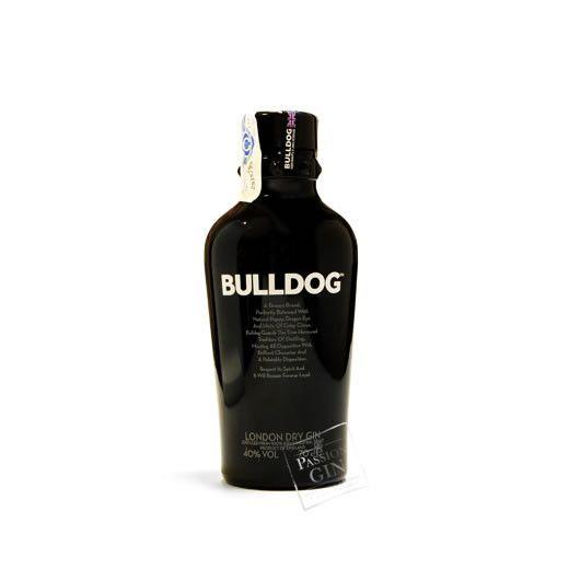 Bulldog, Ginginebra clásica a base de 4 botánicos exóticos muy equilibrada. Es ya una tradicional en nuestros locales favoritos. @bulldoggin