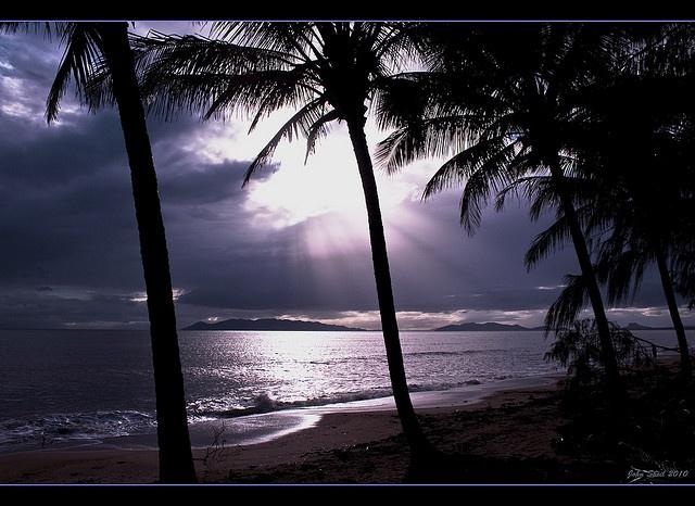 Saunders Beach, Queensland, Australia #LuvBBW
