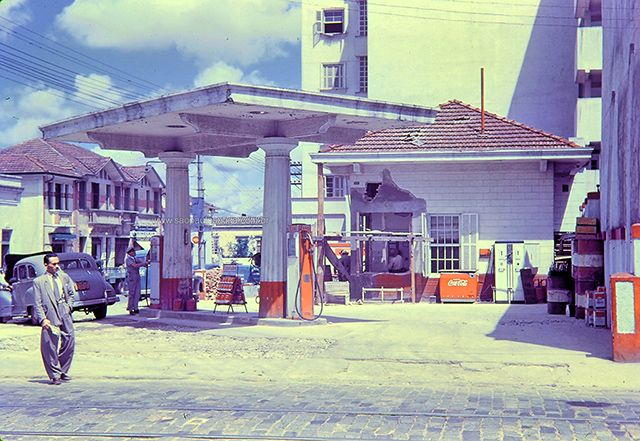 Auto Posto na rua da Mooca (clique na foto para ampliar)