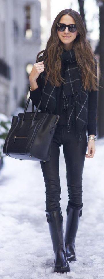 Black Rain Boots Winter Outfit