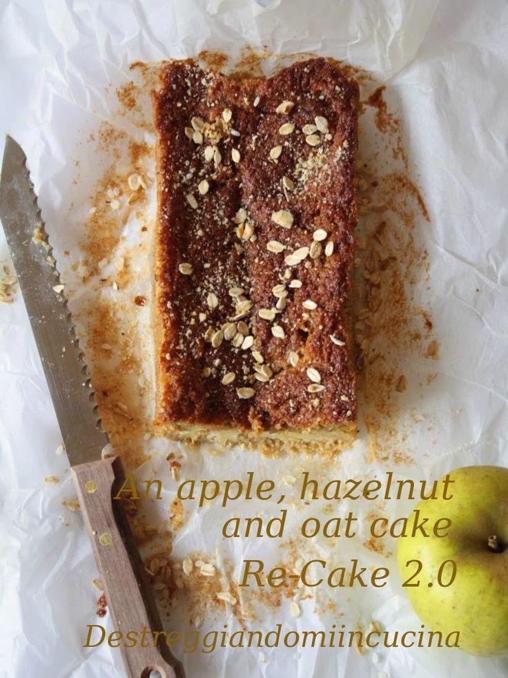 Destreggiandomi in cucina: Torta di mele, nocciole e avena - Re-Cake 2.0 #mele #apple #nocciole #hazelnut #avena #oat #cannella #cinnamon #zenzero #ginger #zuccherodicanna #brownsugar #riso #rice