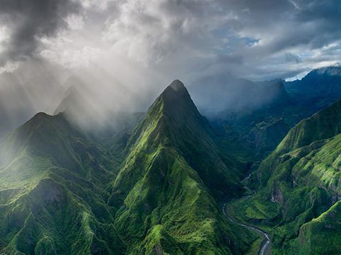 Your Daily WOW!! Morning on Réunion Island.