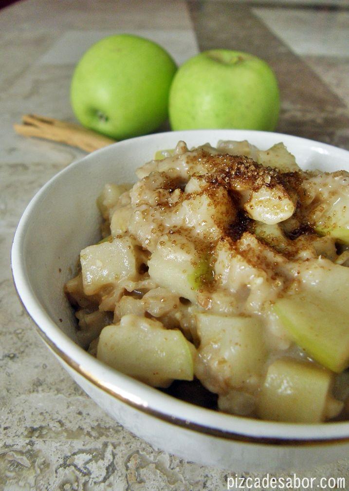 El sabor de pay de manzana pero en una versión saludable de desayuno, ¿quien dijo que no puedes comer postre para desayunar? Con esta receta si puedes.
